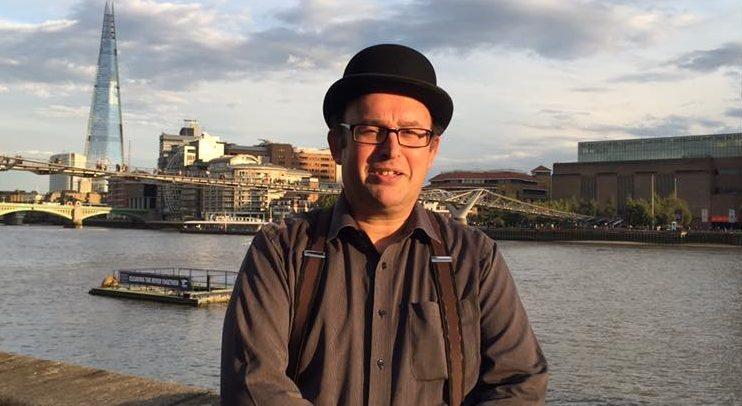 Intervista a Robert Dennis, londinese, insegnante di business english e traduttore professionale